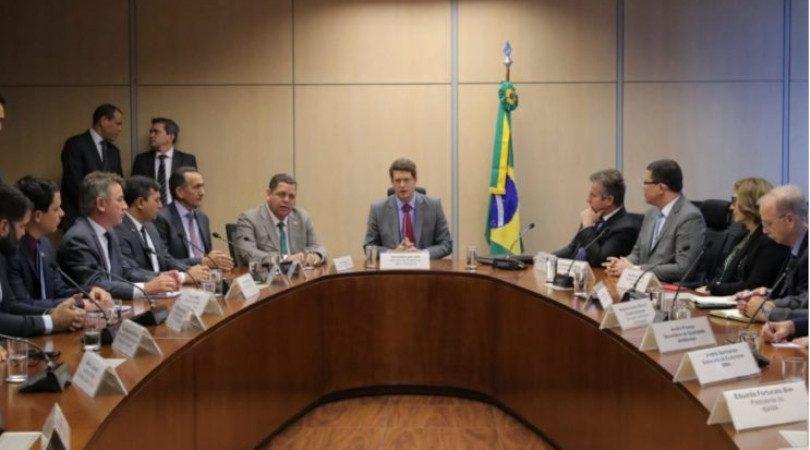 governadores do Amazonas e de Mato Grosso