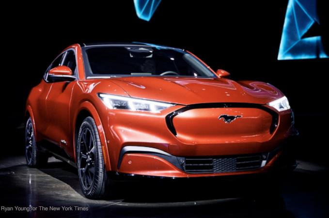 veículoos elétricos Tesla Ford