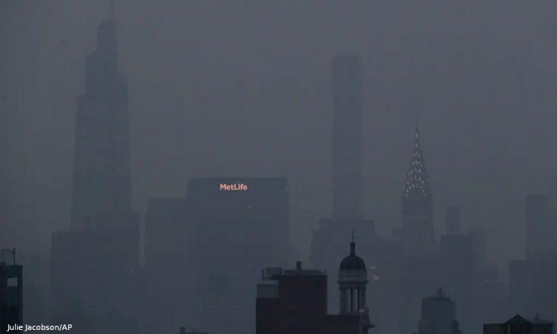 Nova York fumaça de incêndios