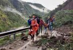 enchentes Nepal e Índia